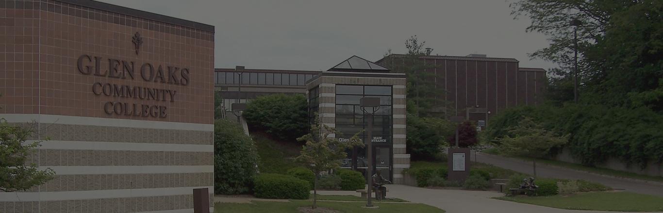 Glen-Oaks-Community-College